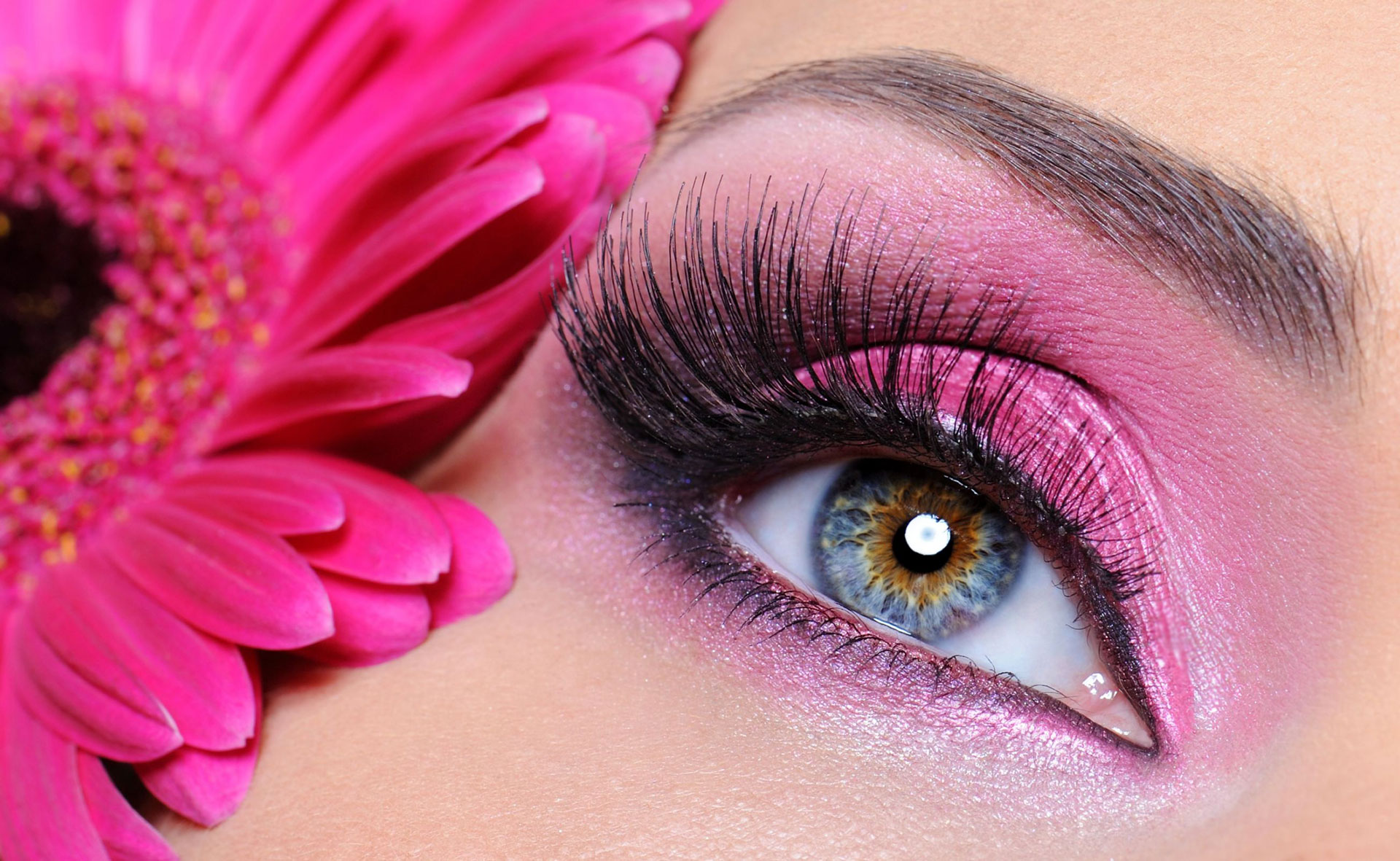 https://www.lashliftquebec.ca/wp-content/uploads/2019/09/pink-cosmetics-smooth.jpg